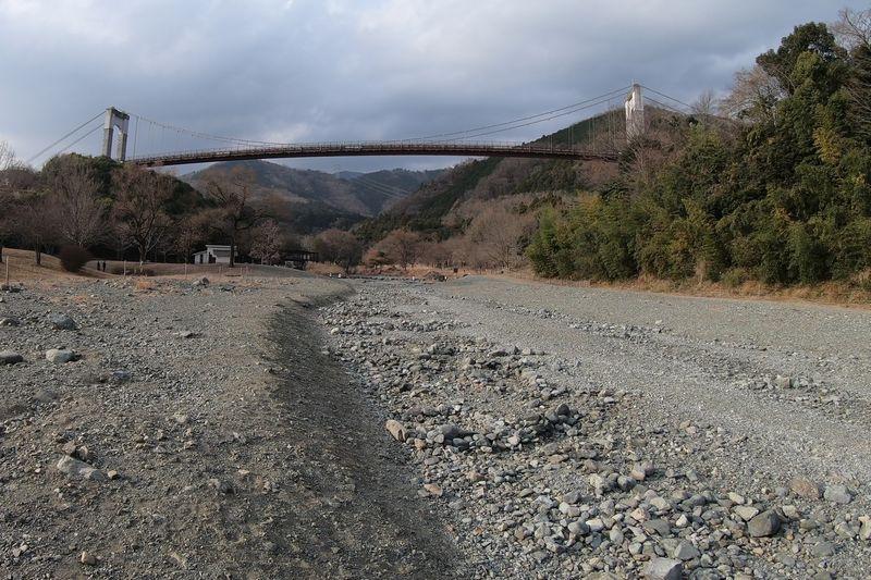 秦野戸川公園 水無川